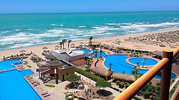 3Br/4Ba Luxury Miramar Beach Condo-Rocky Point MX