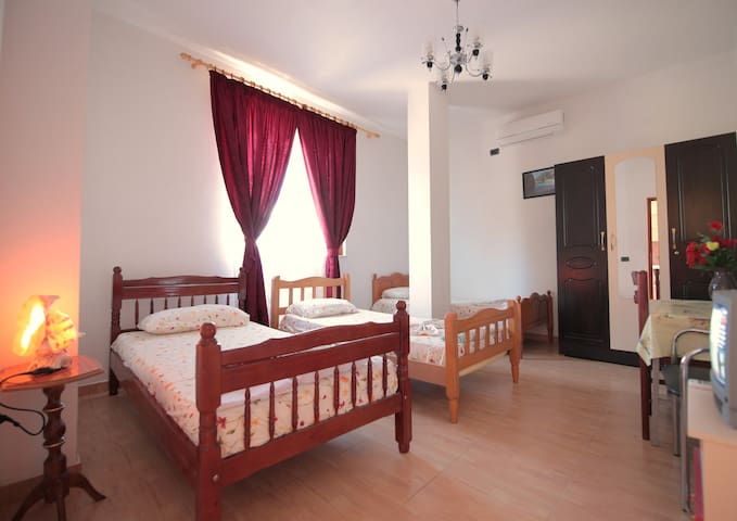 Private& nice room!