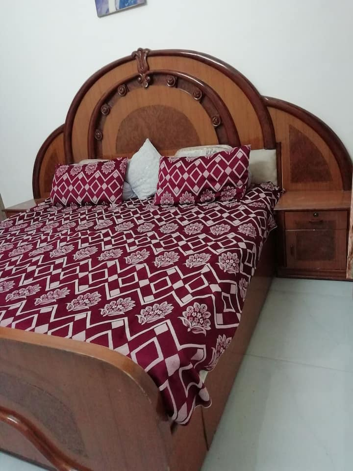 Comfy Deluxe room with TV and WiFi (NonAC)