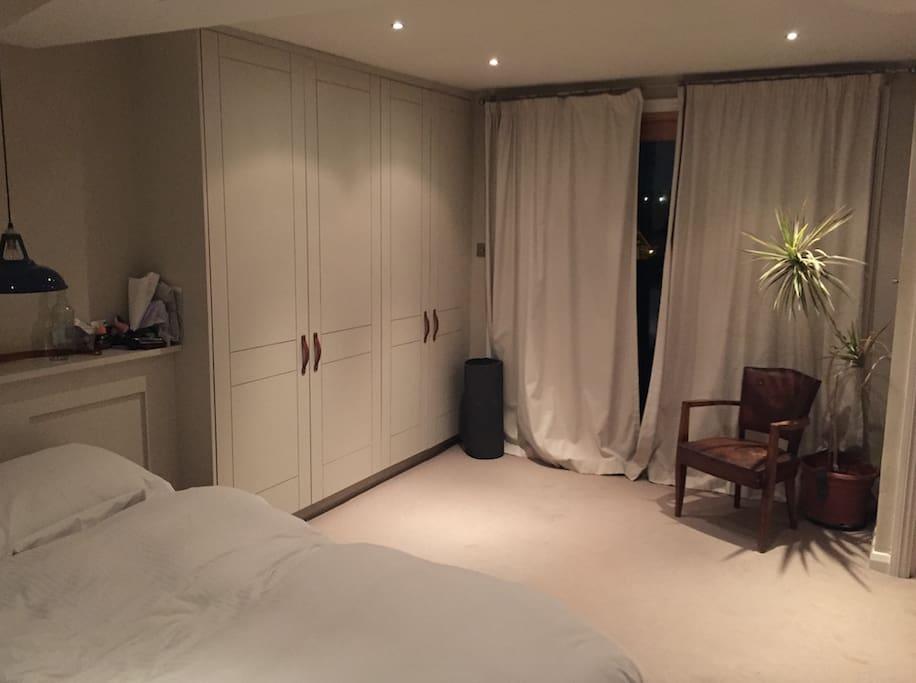 Beautiful big bright spacious double room