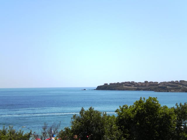 Apartment with private garden - Sozopol - Apartment