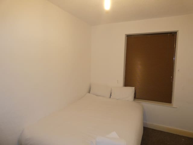 Glenroy House - Double Room 3
