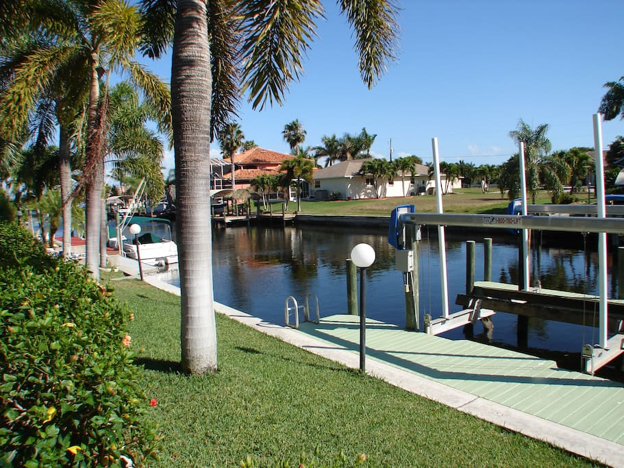 Private dock with fast boat access to Gulf of Mexico