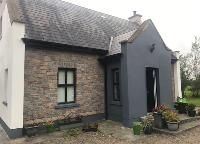 Rural Retreat , cute cottage in the Boyne Valley