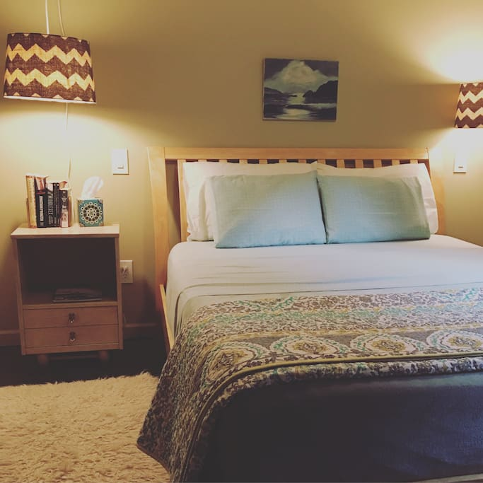 """Fantastic place! Pamela is a wonderful hostess. Provided everything we needed. Was close to lots of fun places- yet tucked away and quiet. The place is private, spotless, and has everything you need for a short or long visit. We hope to visit again soon!"" - Leah, Pied-à-Terre"