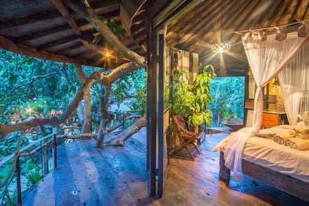 Vintage Treehouse in Magical Forest - South Kuta