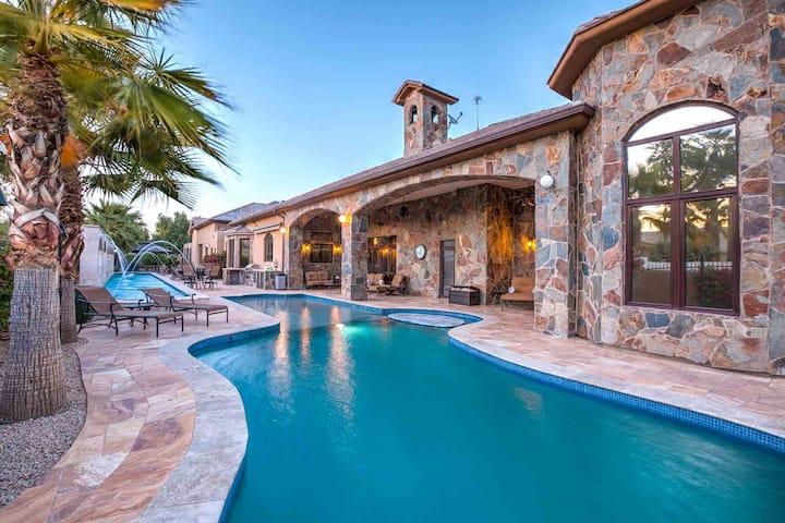 Stunning Villa – Perfect for Luxury Entertainment!