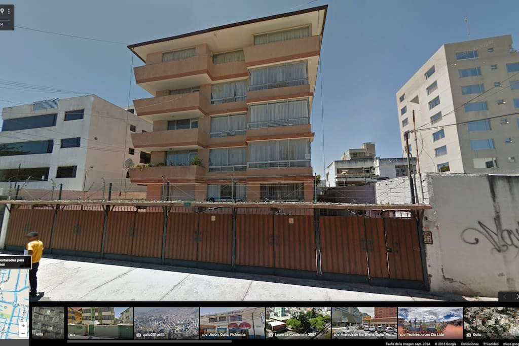 Neighborhood's Street View - Safe