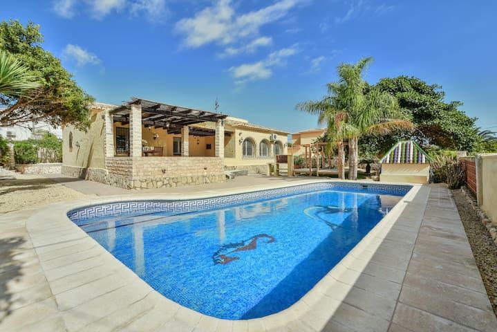 Villa Puerto Blanco