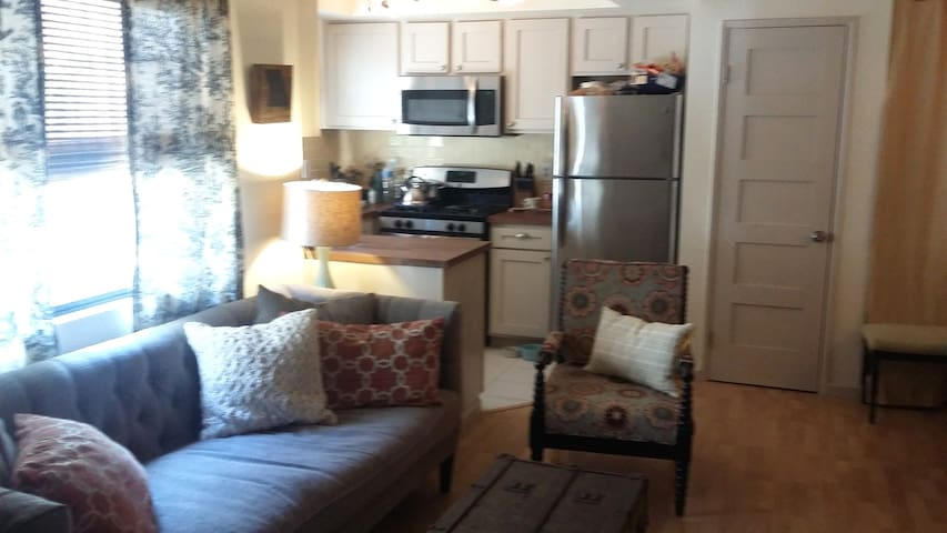 University Heights Condo - San Diego - Pis