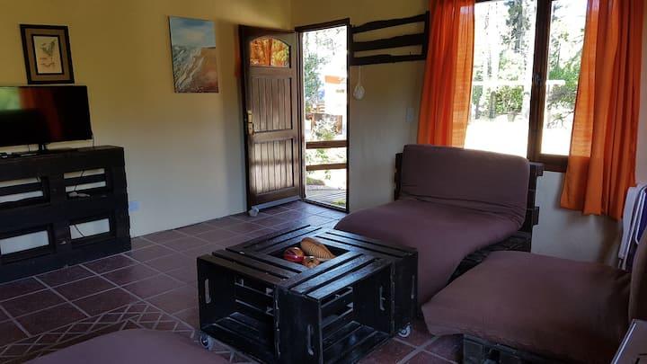 Casa Tierra - Cabaña en PB con 2 habitaciones