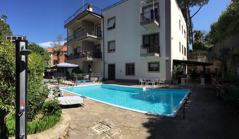 Casa vacanza Le Camelie - Ariccia - Appartement