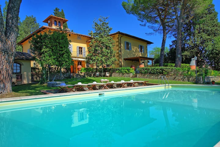 Villa Orchidea - Historical private villa with private pool and view towards San Gimignano Tuscany