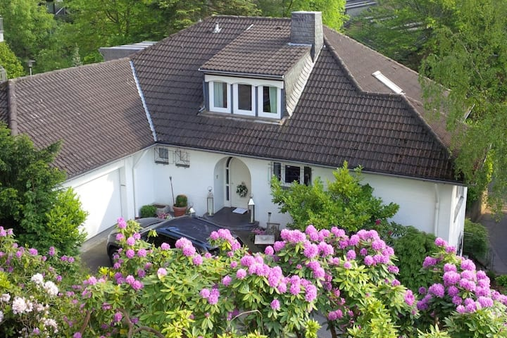 Mansion close to Aachener forrest and city