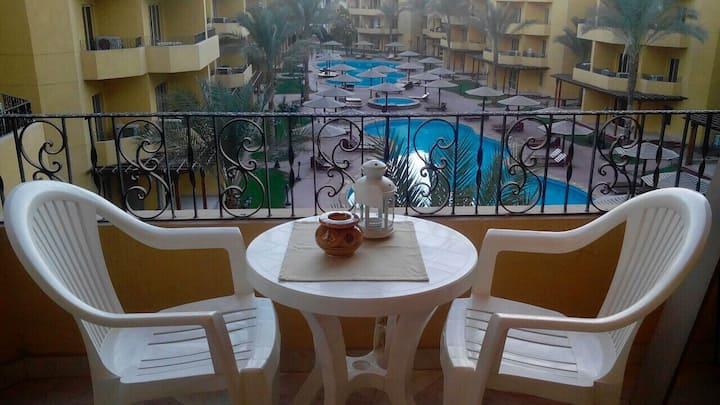 Amazing 1 bedroom British Resort 1532