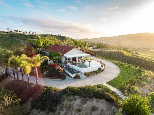 Maison Vue | Best Wine Country Views + Pool & Spa!
