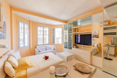 ⭐PERFECT LOCALISATION ⭐ Studio cosy 1min to Monaco