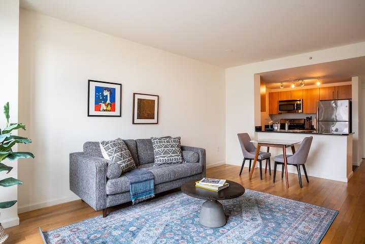 Lovely, Furnished 1BR in LIC, Pool + Pet-Friendly