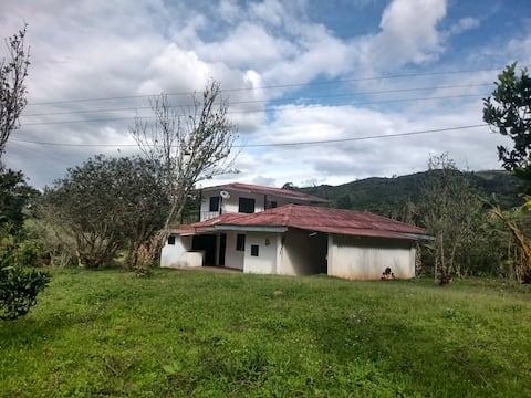 """Casa de Campo  """"Villa Paola"""""""