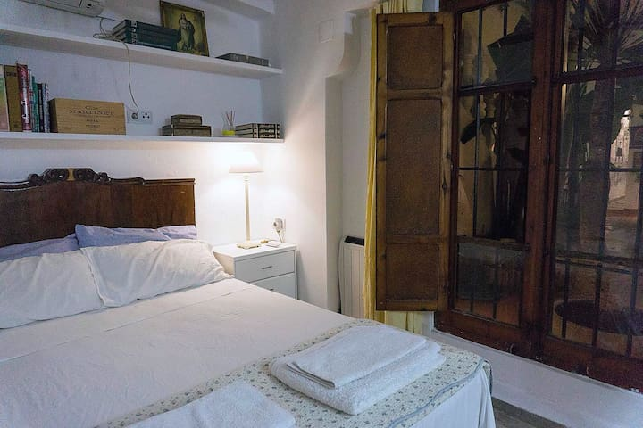 Casa en la huerta Valenciana (2 min oceanografic)