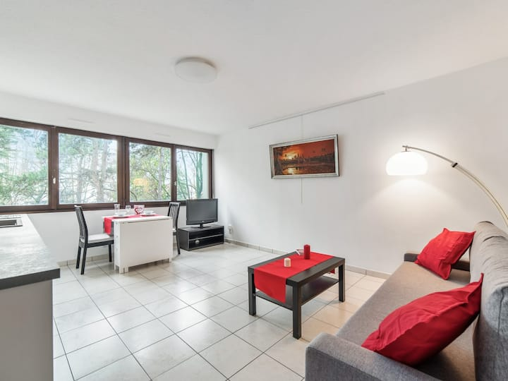 Bright and modern flat in Villeurbanne, very close to Lyon - Welkeys