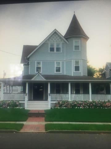 Completely Renovated Historical Inn - Spring Lake - House