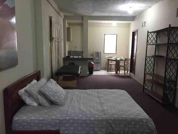 Apartamento Privado con A/C en Guayaquil