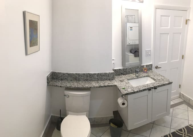 Historic Downtown Gettysburg, 102 - Gettysburg - Apartment