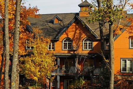 *New!* Mountain Resort Condo with Spa & Pools