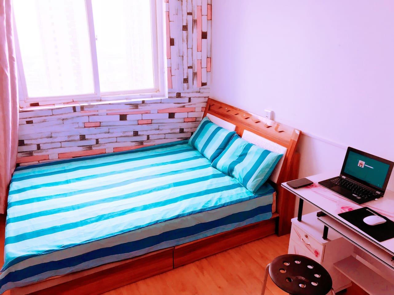 单间大床房