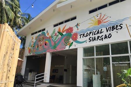 Tropical Vibes Inn Siargao (Big Room for 14 pax)