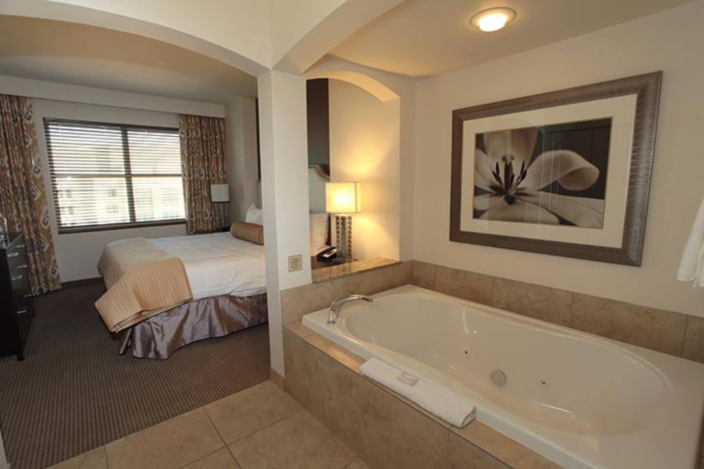 King Bedroom w Hot Tub!