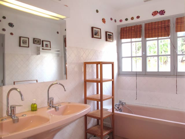 Holiday home in Forcalqueiret - Forcalqueiret - Huis