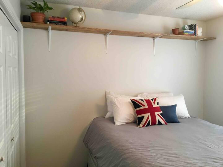 All-inclusive guest room near Vidant/Brody