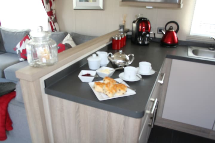 Robins Nest, Beach Side Chalet - Cornwall - Chalé
