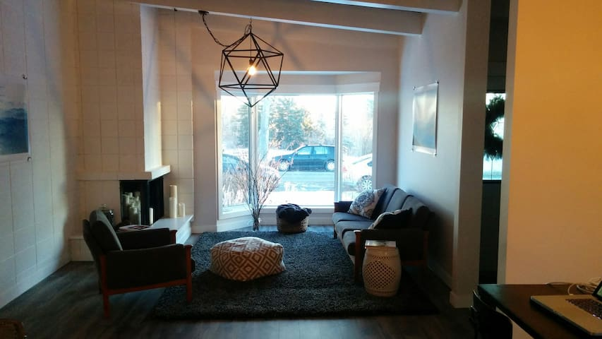 Airbnb 174 Calgary Vacation Rentals Amp Places To Stay