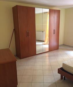 Appartamento bilocale Chieti centro città - Huoneisto