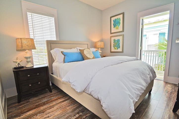 Bungalows of Seagrove - Beach Blue on 30A