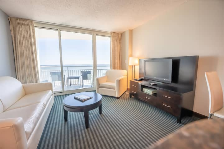 ⭐NEW Direct Oceanfront 7th Floor Modern Furnishings, Central Location