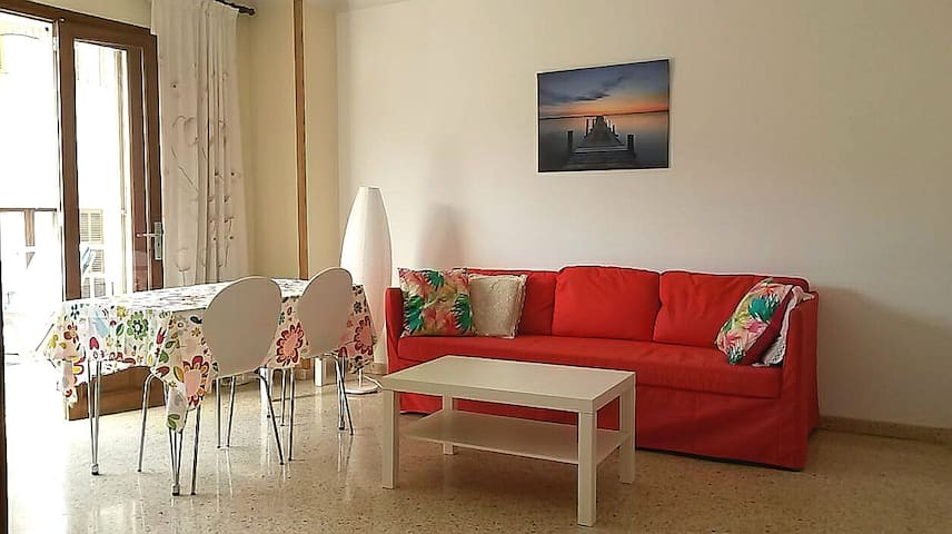 Exceptional location, 50m from the beach