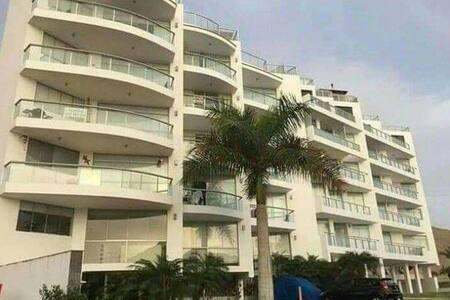 Acogedor y amplio departamento en exclusiva playa
