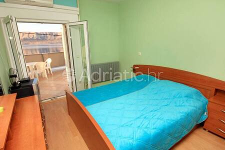 A flat with two bedrooms, sleeps 4 - Appartamento