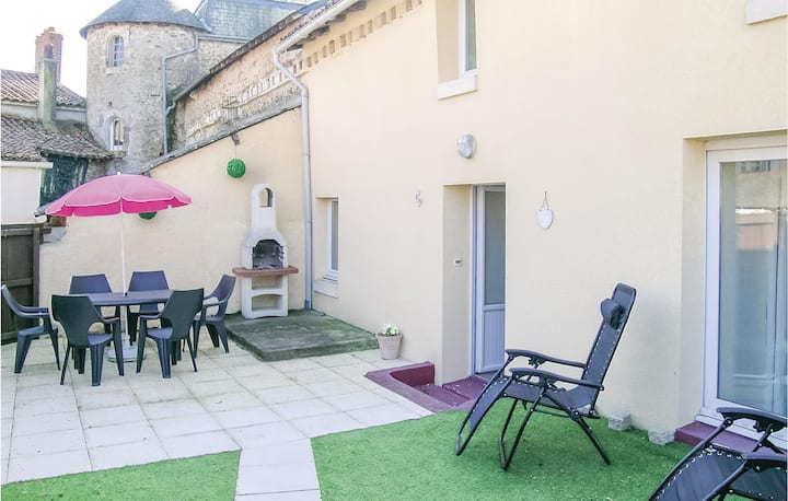 Awesome home in Mouilleron St. Germain with 3 Bedrooms
