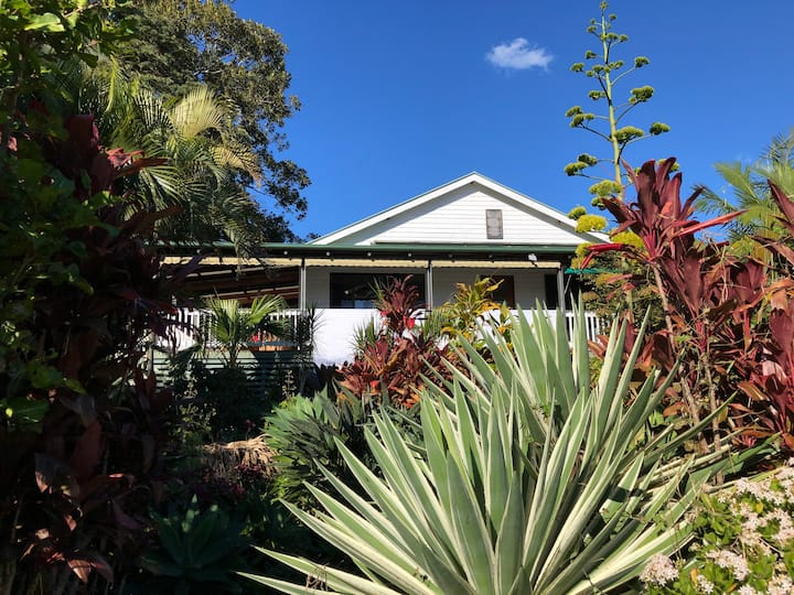 Country Cottage Near Byron Bay