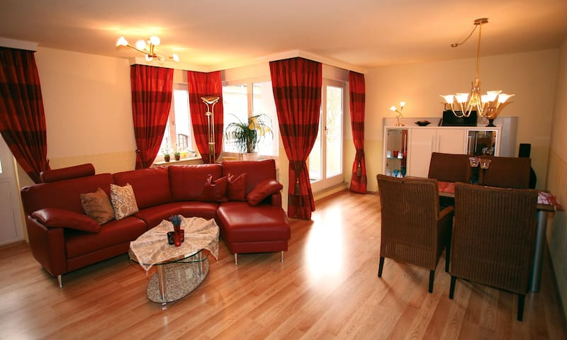Mokni's Palais-2-Zimmer-Appartement - Bad Wildbad - Departamento