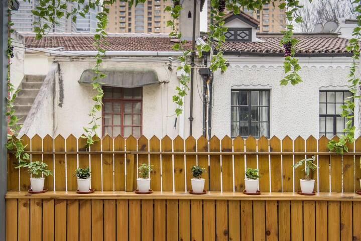 【玖里Joywood】中山公园江苏路·独栋大露台花园洋房