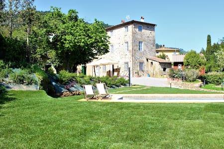Country house close to Lucca