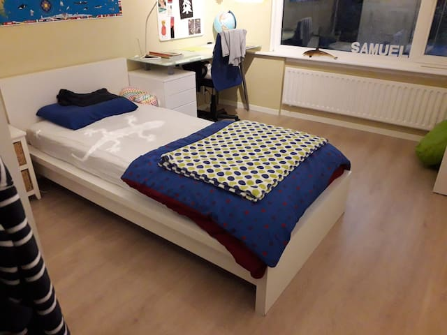 Room rental 2.5 km from Tomorrowland location
