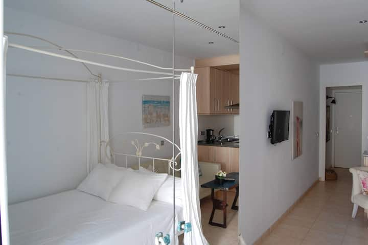 The room - Romantic apartment Sitges SEA VIEW