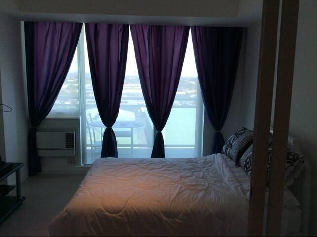Man made beach azure condominium - Paranaque - Apto. en complejo residencial